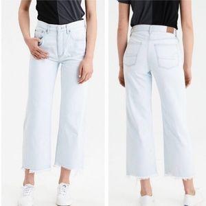 AMERICAN EAGLE Wide Leg Crop Jeans Distressed Hem